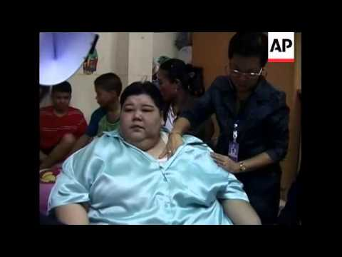 Major operation to move severely obese woman to hospital