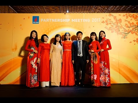 MC Bảo Ngọc (MC tiếng Anh) - Partnership Meeting 2017 Petrovietnam