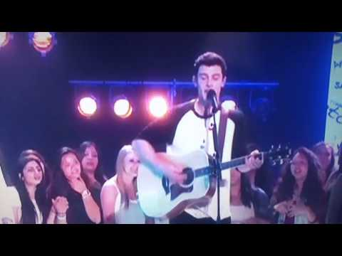 Shawn Mendes performs Stiches Live on...