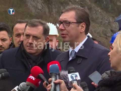 Aleksandar Vučić obišao radove na južnom kraku Koridora 10