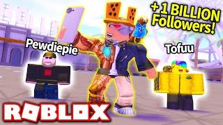 I AM THE MOST FAMOUS PLAYER IN ROBLOX!! (Fame Simulator)