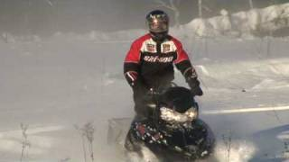 экстрим катание на снегоходе / polaris dragon rmk 700 snowmobile riding(полная версия Full version http://www.youtube.com/watch?v=s6VDUhiE3Sk., 2009-01-12T15:05:20.000Z)