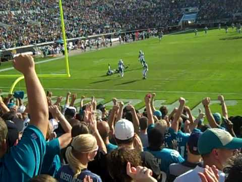 Torry Holt long pass - Jags v Fins 2009.MP4