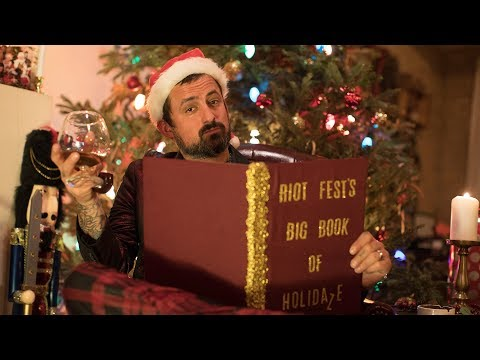 'The Night Before Christmas'  Told by Brendan Kelly of The Lawrence Arms  RiotFestmas