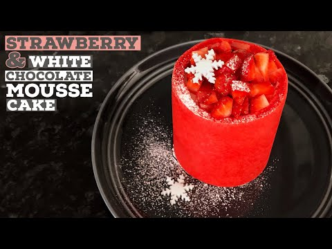christmas-strawberry-and-white-chocolate-mousse-cake-recipe-|-just-cook!