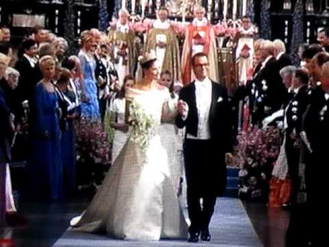 Auszug aus der Kirche Hochzeit Victoria und DanielMOV  YouTube