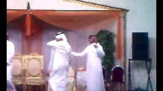 رقص اخوان العروس انهبلووووووااا