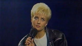 Татьяна Овсиенко в программе «Рок-Урок» (©Первый канал - 20.12.1994 год).