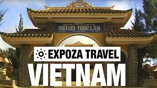Vietnam Vacation Travel Video Guide(Travel video about destination Vietnam. North Vietnam is still ruled by communism but in the south the hammer and sickle fades into capitalism that is gradually ..., 2013-08-14T13:18:22.000Z)