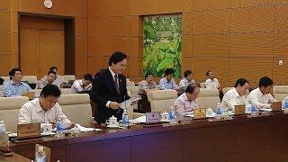 Chính phủ đề nghị lùi thời điểm triển khai áp dụng chương trình giáo dục phổ thông và SGK mới