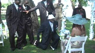 AWESOME, AMAZING and ROMANTIC Singing Proposal at a Wedding Ceremony