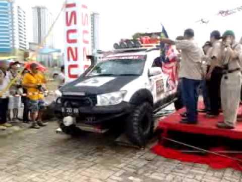 Borneo Safari 2012, flagg off 1.1