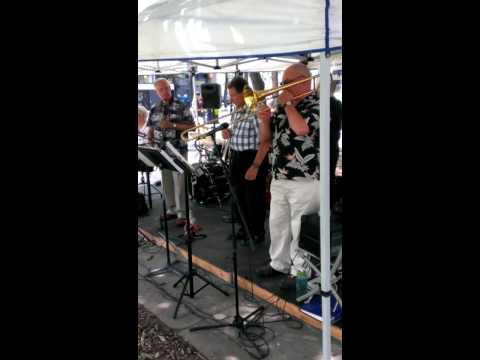 Basin Street Blues - Hamilton Dixieland All-Stars