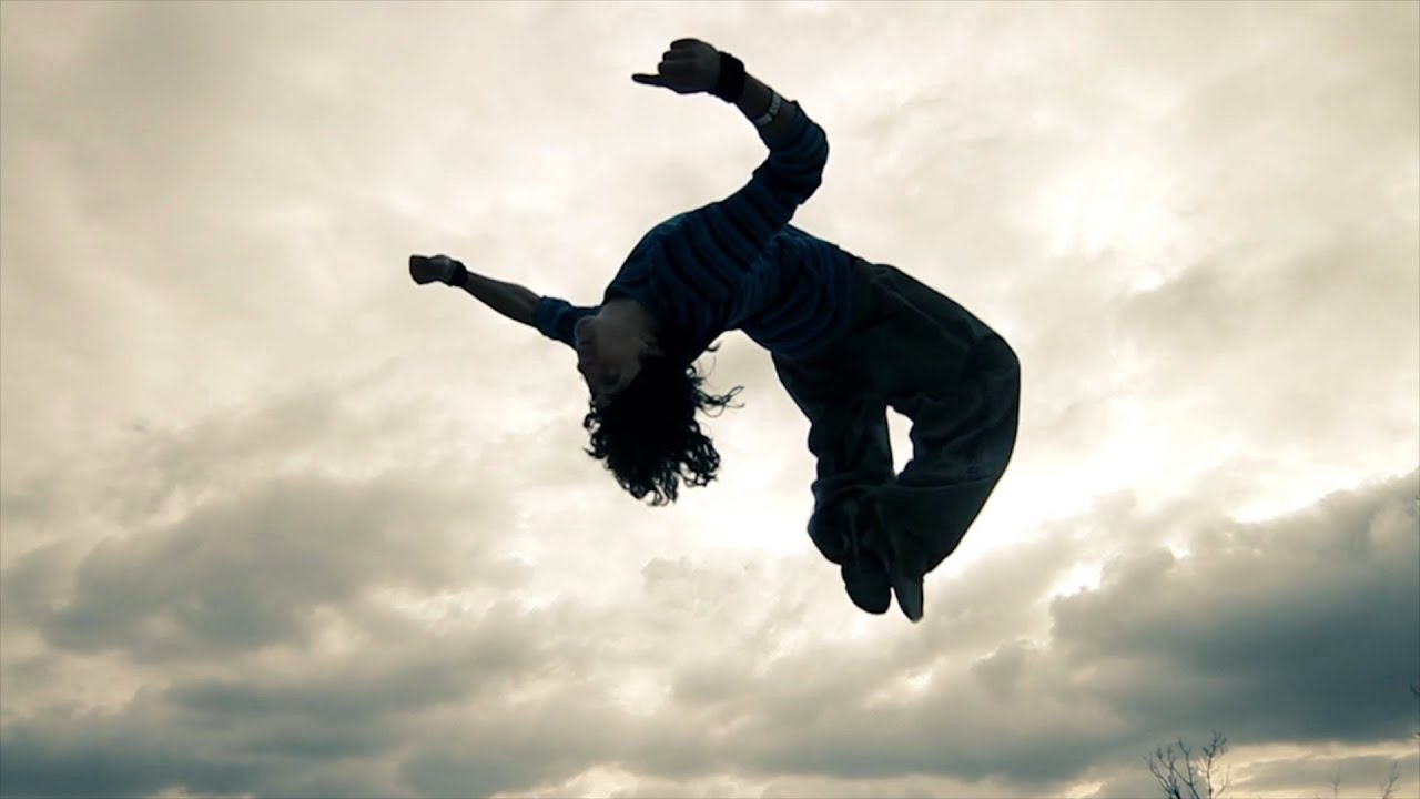 parkour and freerunning You've probably seen those on-foot chase scenes in movies like casino royale, where the escapee vaults over obstacles and lands from scary heights with cat-like grace.