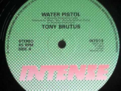 Tony Brutus Water Pistol 12