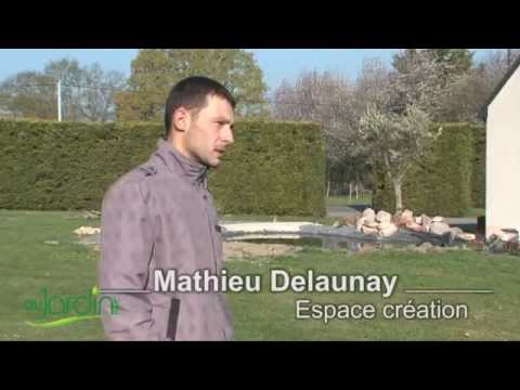 r alisation d 39 un bassin au jardin youtube. Black Bedroom Furniture Sets. Home Design Ideas