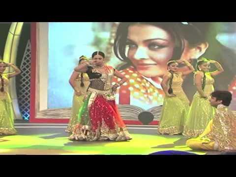 Sachin Tendulkar and Shweta Tiwari in Support My School Telethon