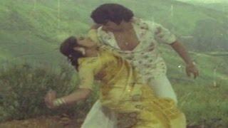 Challagali Veestundi Video Song II Challenge Ramudu    N.T.R, Jayaprada, Geeta