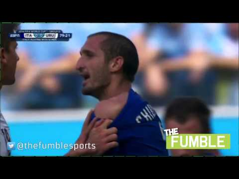 Luis Suarez Bites Italian Defender Chiellini At World Cup 2014
