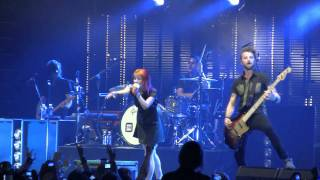 "Paramore in Nashville- ""Feeling Sorry"" (HD) Live on August 21, 2010"