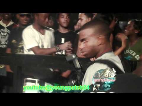 """RICH KIDS & 2500 ENT THROWS MONEY DURING """"ON MY BLOCK"""" PERFORMANCE - A MUST SEE !!!!!!!!"""