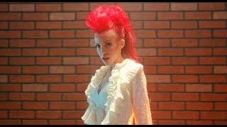 Смотреть клип Miss Krystle - Inevitable