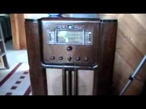 RCA Victor 811K Console Radio