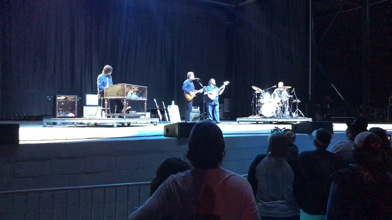 sturgill-simpson-welcome-to-earth-pollywog-orange-beach-05-06-17-jack-young