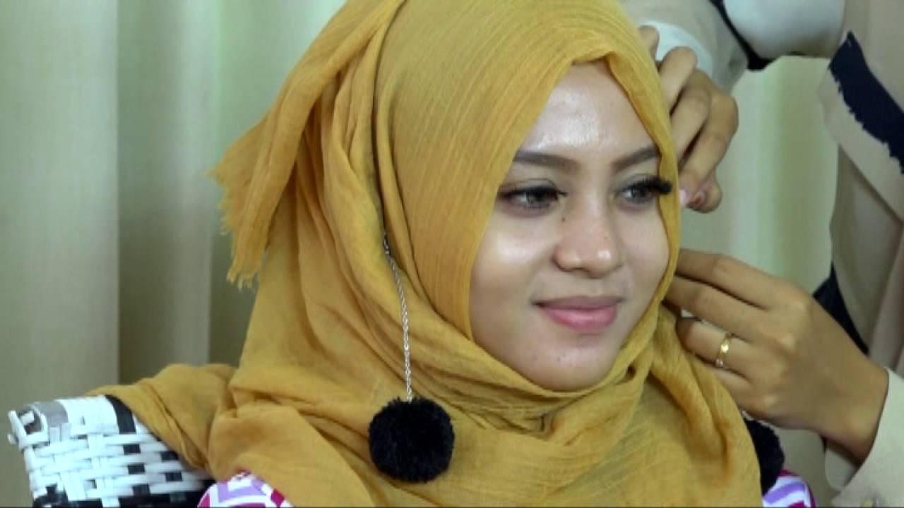 Indahnya Berhijab Tutorial Hijab Pom Pom YouTube