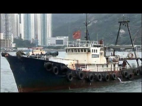 Nhà hoạt động Hồng Kông đưa thuyền ra Điếu Ngư đảo