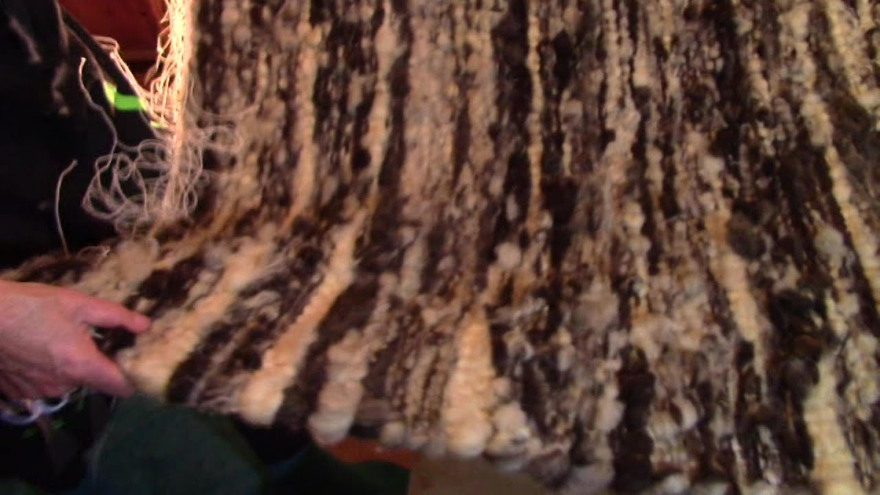 Making A Raw Wool Rug On A Hand Loom Youtube