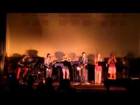 Schüler Lehrer Band LöGy - Play some rock