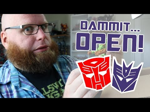 Dammit, Open: Off-Topic Awesomeness! Transformers and random treats unboxing!