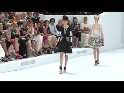 Designers Chanel  Paris Haute Couture Week Autumn Winter 2014 15 91633 NMNB