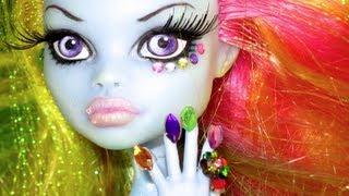 Crazy Doll Nail Art! *monster High*