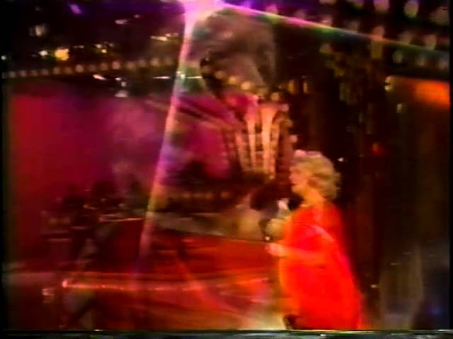 Rosemary Clooney Love You Didn T Do Right By Me 1975 Tv Performance Youtube