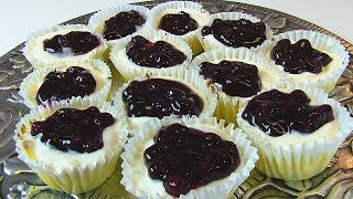Bettys Blueberry-Topped Cream Cheese Cupcakes  --  Super Bowl Dessert!