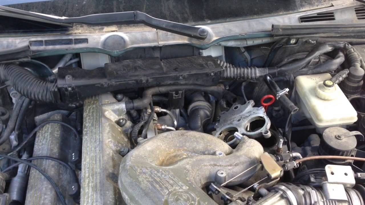 bmw e36 318i m44 rough idle vacuum leak misfire pcv ccv replacement [ 1280 x 720 Pixel ]