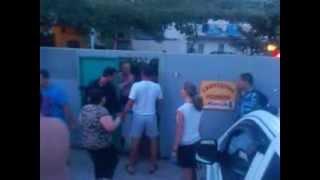 Этот кошмар пережили отдыхающие во время отдыха в Судаке(, 2013-08-02T07:21:37.000Z)