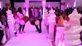 Dhol Wedding entrance Dipak and Lisa part 1