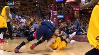 Al Horford elbows Dellavedova and gets ejected! (Hawks - Cavs, Game 3)