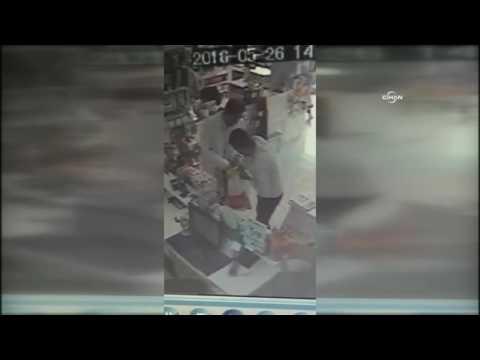 Eczane hırsızları kamerada