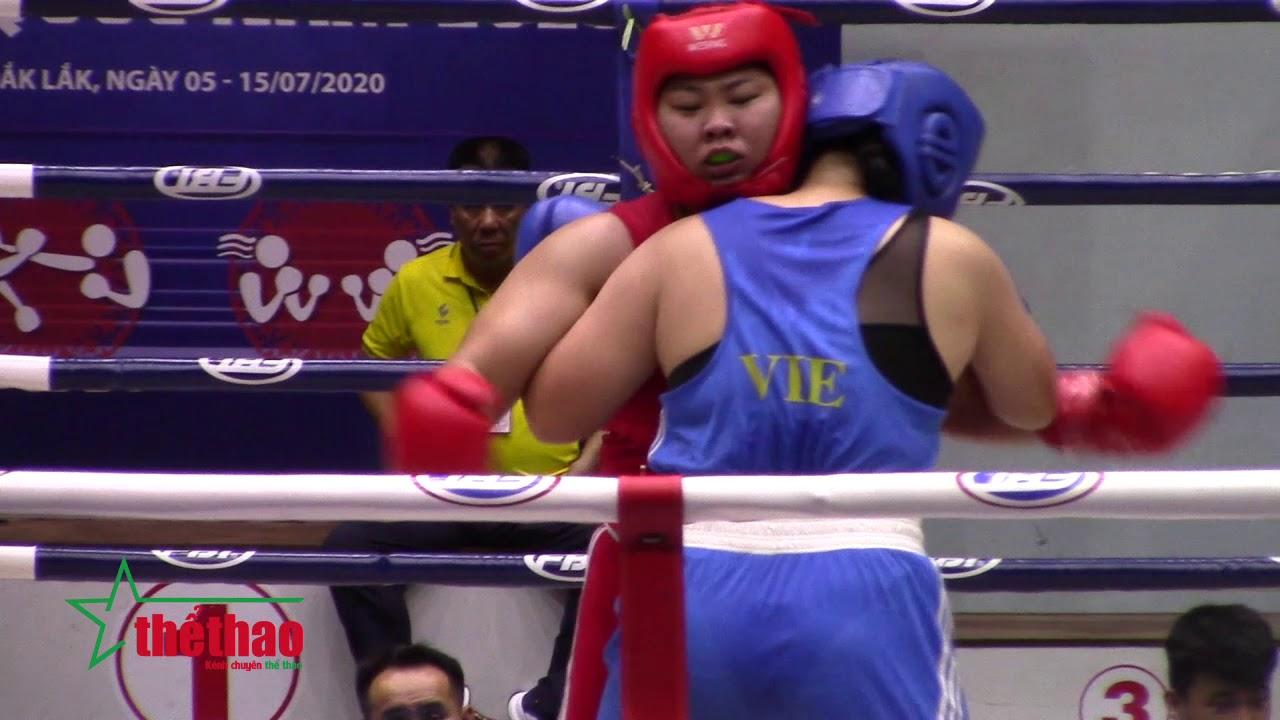 """Trận đấu của 2 nữ võ sĩ """"khổng lồ"""" trong làng võ Việt"""