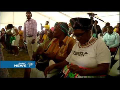 President Zuma celebrates Christmas eve with the elderly