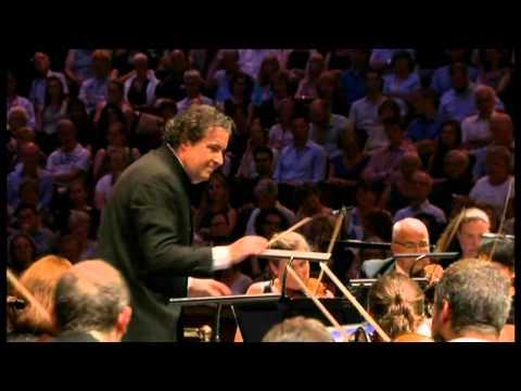 Beethoven - Symphony No 7 in A major, Op 92 - Mena