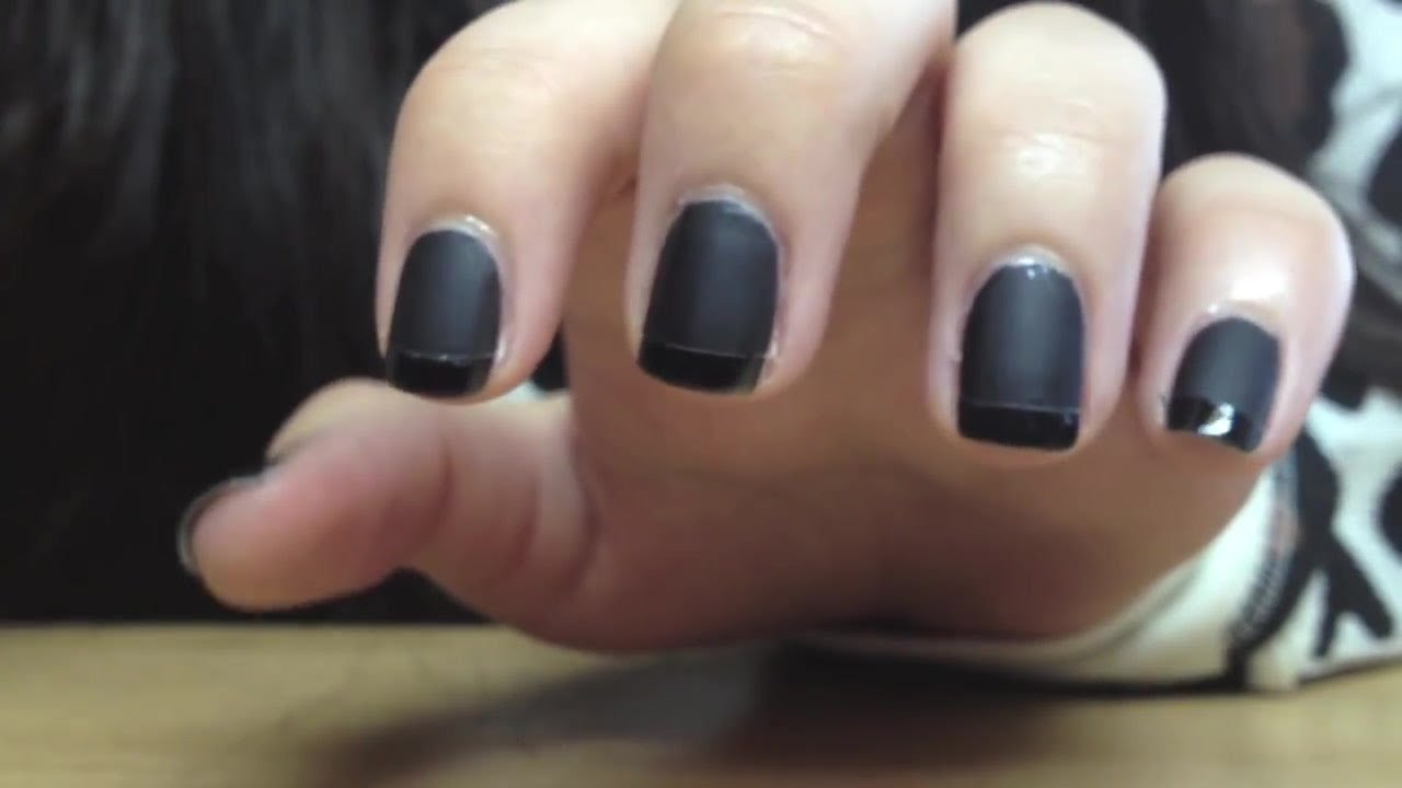 модный маникюр матовый чёрный французский маникюр - YouTube