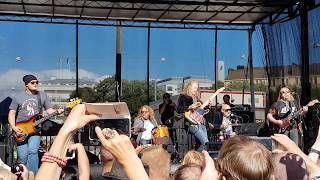 Hurriganes - Roadrunner @ Kallio Block Party 2017