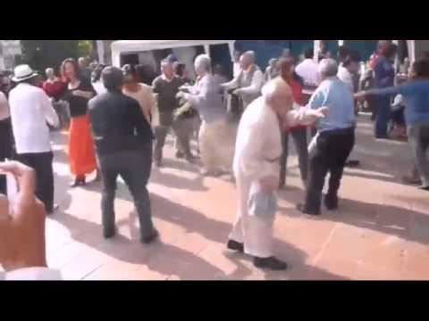 Abuelito bailando Juanito el parrandero