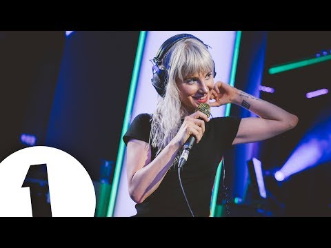 Thumbnail: Paramore - Hard Times in the Live Lounge