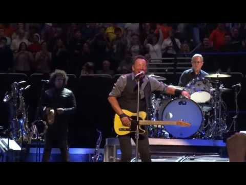 Bruce Springsteen And The E Street Band Meet Me In The City (Live In Pittsburgh)
